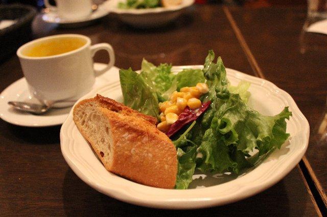セットのサラダとスープ@HUIT